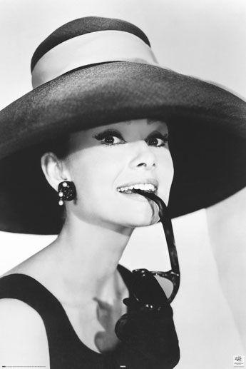 Audrey Hepburn Glasses Plakat