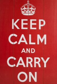 Keep Calm And Carry On - obraz na drewnie