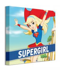 Supergirl In Flight na obrazie z serialu DC Super Hero Girls