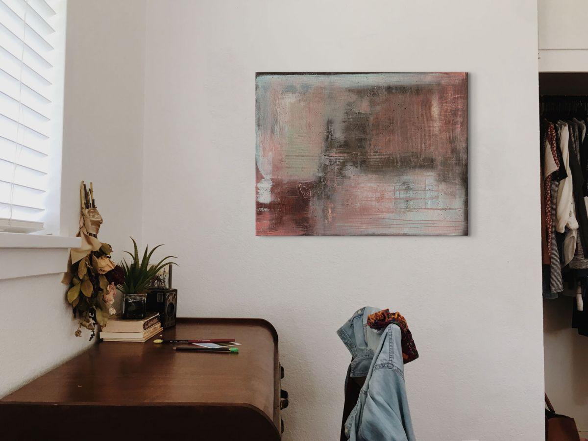 Abstrakcyjny obraz Oriental Blush autorstwa Soozy Barker
