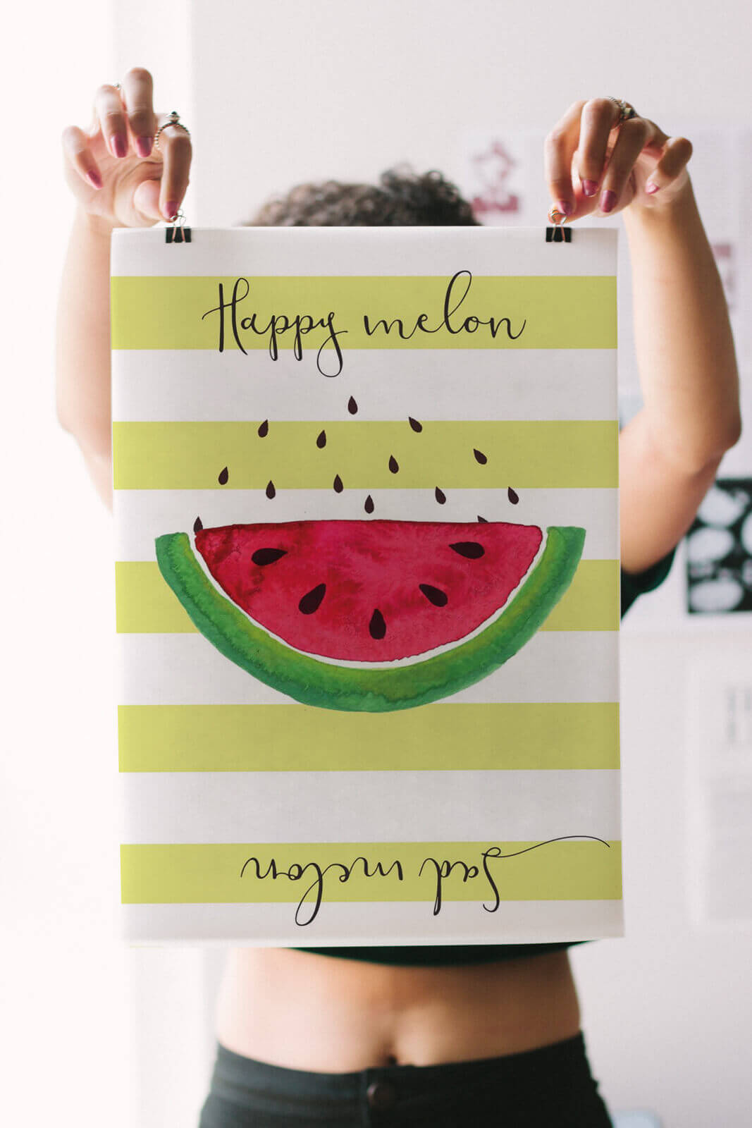 Poster Happy Melon na wieszakach